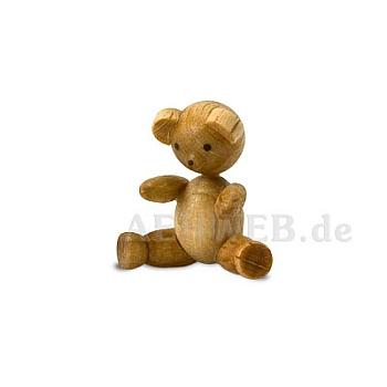 Bärenkind sitzend
