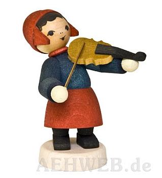 Wintermusikerin mit Geige gebeizt