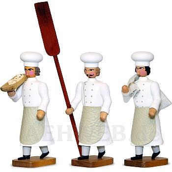 Drei Bäckermeister mit Stollenschieber, Mehlsack, Trog