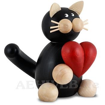 Katze Hilde mit Herz