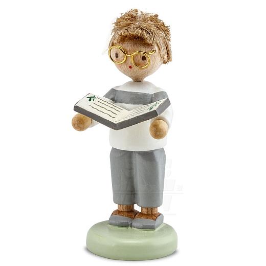 Junge mit Kräuterbuch