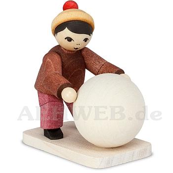 Schneemannbauer mit Schneekugel gebeizt von Ulmik