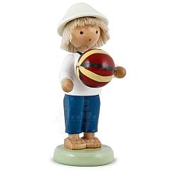 Junge mit Ball