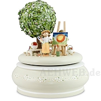 "Music Box ""The Old Apple Tree In Spring"""