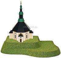 Sommerberg für Kirche beleuchtet