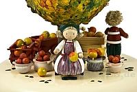 Spieldose Der alte Apfelbaum im Herbst