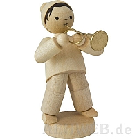 Wintermusiker mit Trompete naturbelassen