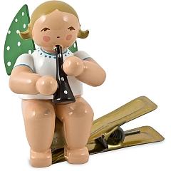 Engel mit Klarinette auf Klemme