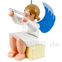 Engel sitzend auf Geschenkpaket mit Querflöte weiß