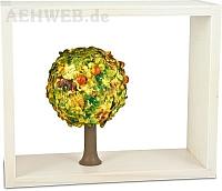 Schatzkästchen weiß mit Apfelbaum im Herbst