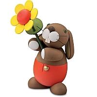 Hase Hugo mit Sonnenblume