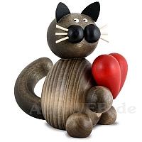 Katze Karl mit Herz
