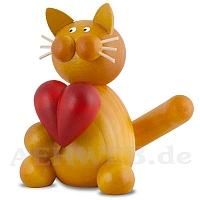 Katze Emmi mit Herz
