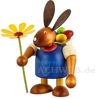 Maxi Hase mit Kiepe und Blume blau