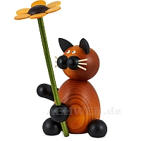 Katze Bommel mit Blume