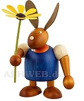 Maxi Hase mit Blume blau