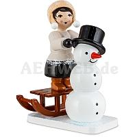 Schneemannbauerin auf Schlitten braun
