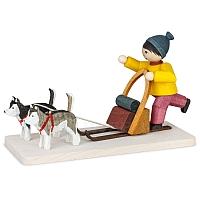 Huskeyjunge auf Schlitten gebeizt von Ulmik